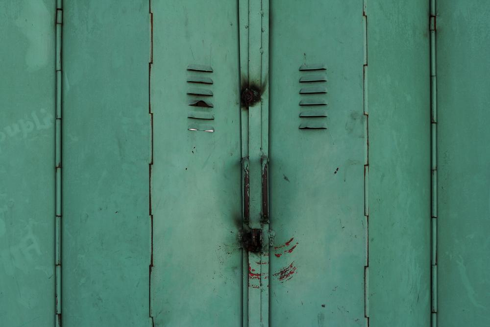 Drzwi wewnętrzne - nowe trendy, niekonwencjonalne rozwiązania. Fot.: depositphotos.com