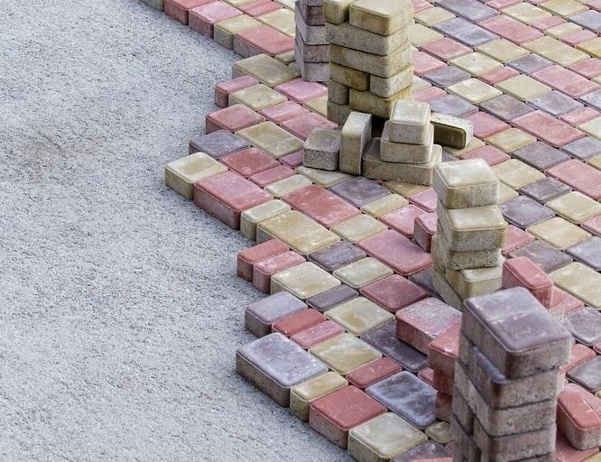Kostka brukowa – jej ceny i rodzaje  Fot.: depositphotos.com